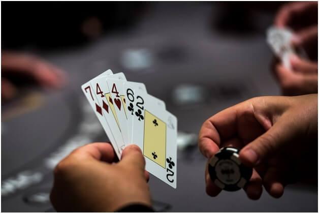 Jeu de poker à jouer dans les casinos